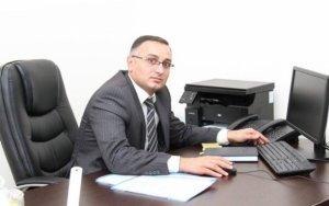 Azərbaycanda bank müdiri külli miqdarda pul oğurlayaraq ölkədən qaçdı